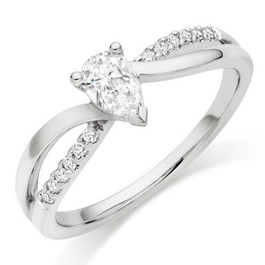 18ct White Gold Pear-Shaped Diamond Ring