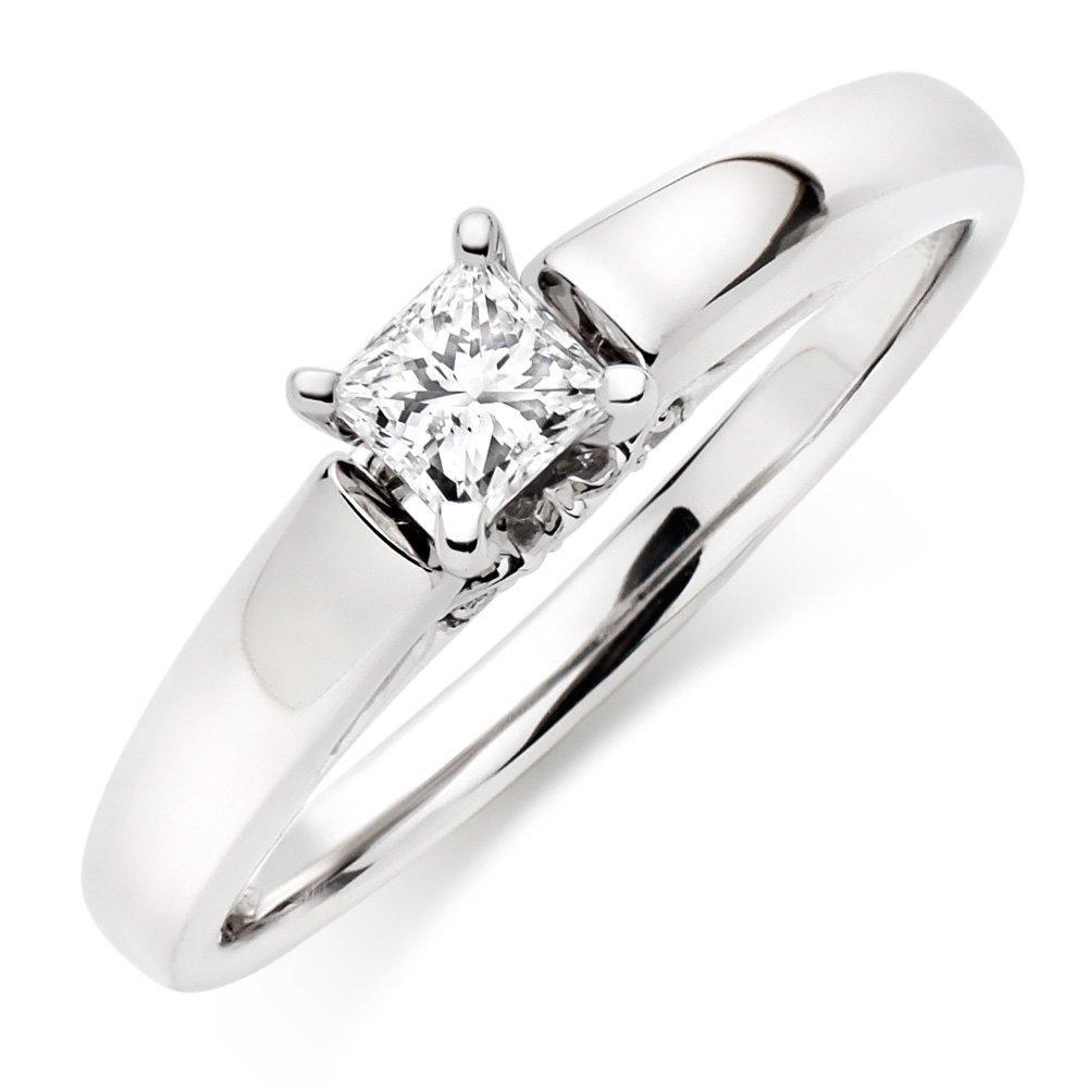 9ct White Gold Princess Diamond Solitaire Ring