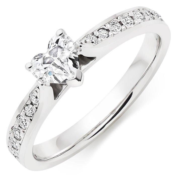 18ct White Gold Heart Diamond Ring