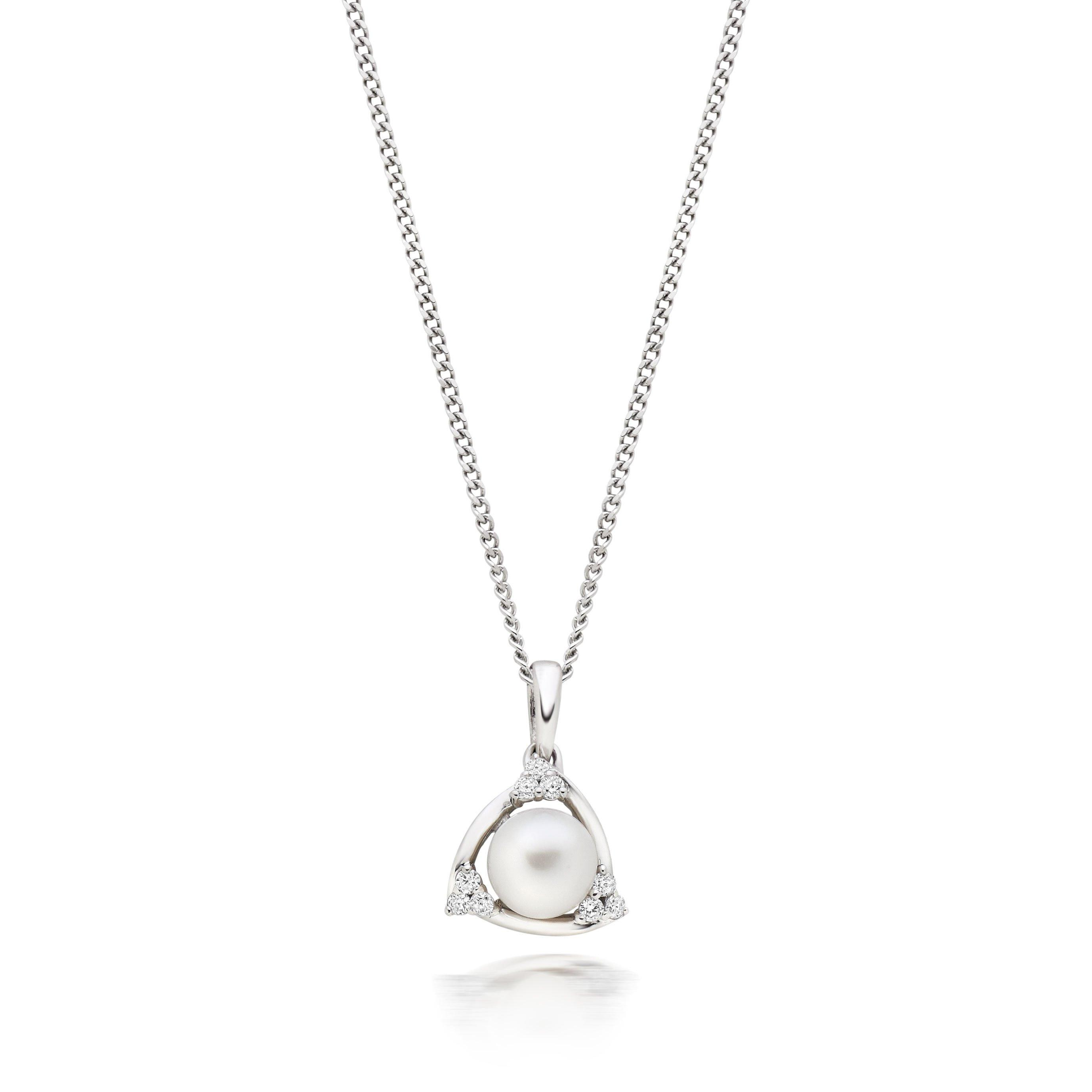 9ct White Gold Diamond Freshwater Cultured Pearl Pendant