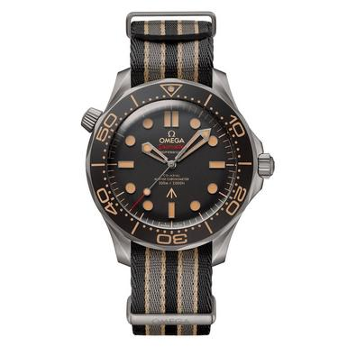 OMEGA Seamaster Diver 300m 007 Edition Titanium Automatic Men's Watch