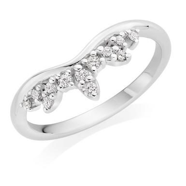 9ct White Gold Diamond Shaped Wedding Ring